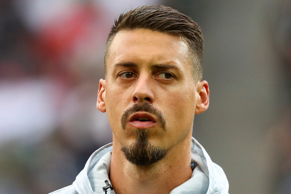 Sandro Wagner (33) beginnt seine Karriere als Trainer bei der SpVgg Unterhaching. Der Ex-Nationalspieler wird sich um die U19 kümmern.