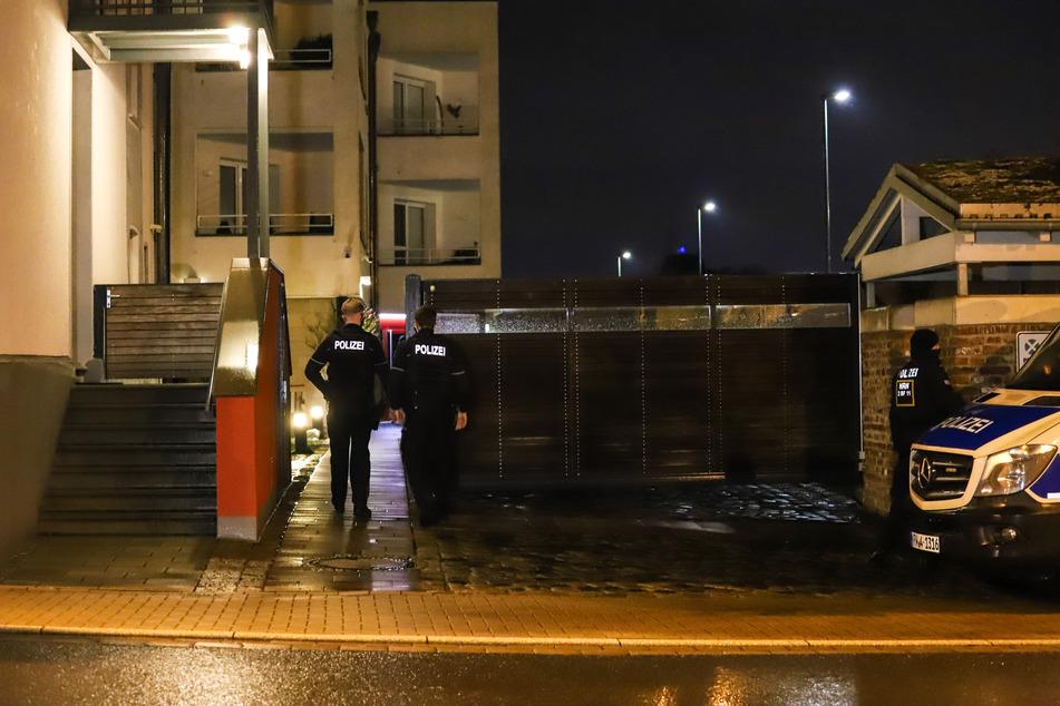 Mehr als tausend Polizisten waren an der Razzia beteiligt.