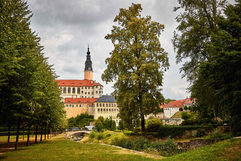 """Im Schlosspark Weesenstein findet an diesem Wochenende der """"Markt der schönen Dinge"""" statt."""