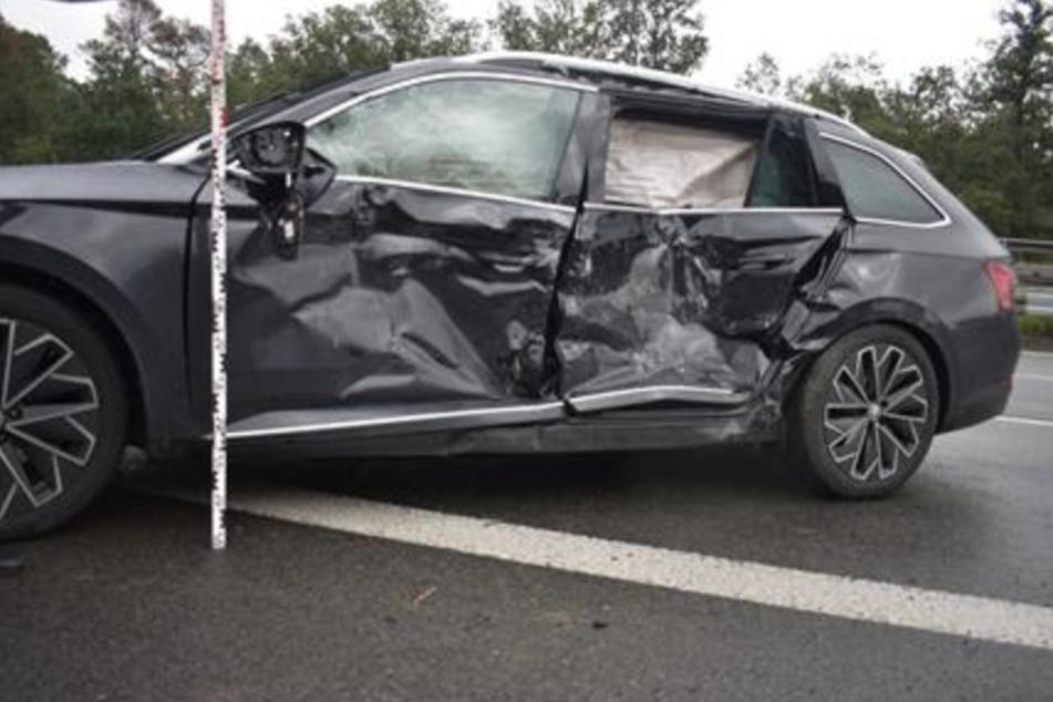 Durch den Unfallschwerpunkt auf der A9 entstand am Montag ein Gesamtschaden von knapp 20.500 Euro.