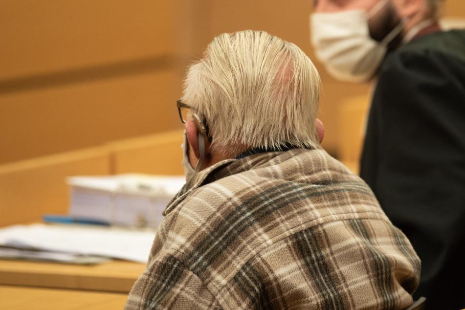 """Mann (92) tötete seine demenzkranke Ehefrau """"aus Liebe"""""""