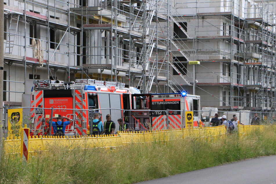 Am Mittwoch wurde ein Mensch bei einem Arbeitsunfall auf einer Baustelle im Leipziger Westen verletzt.
