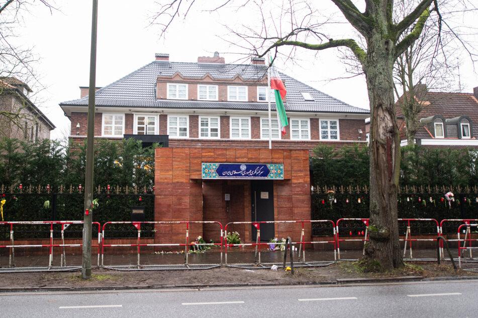 Das iranische Generalkonsulat in Hamburg wurde am Samstag von Randalierern attackiert. (Archivbild)