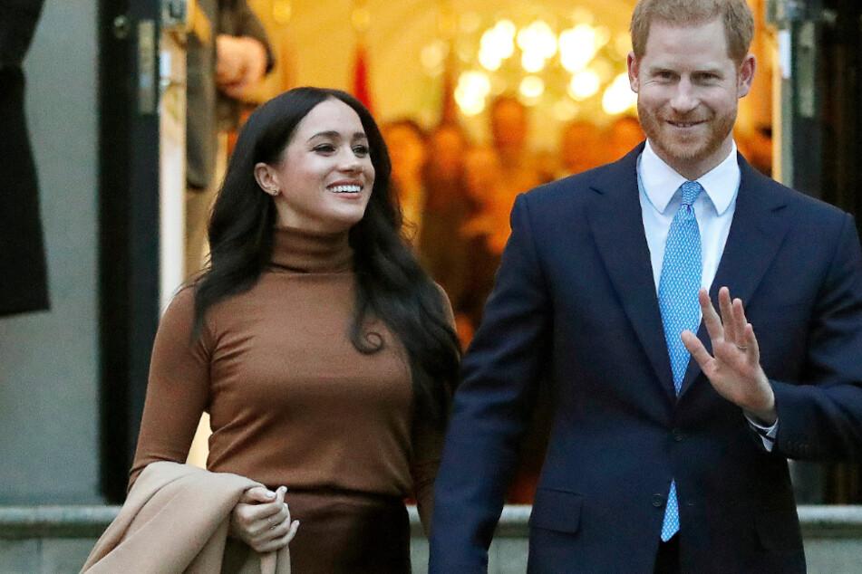 """Meghan und Harry fliehen vor Paparazzi, Fotograf nennt sie """"naiv"""""""