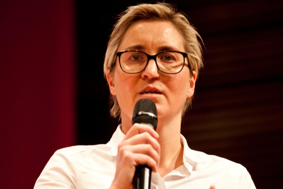 Linken-Chefin fordert längere Weihnachtsferien in Thüringen