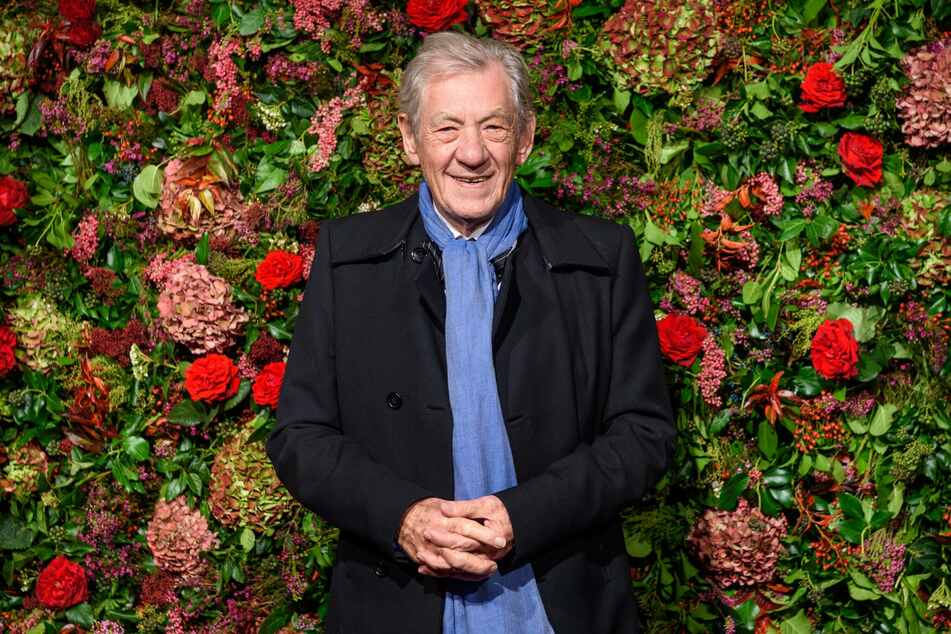 You shall not pass on the virus: Ian McKellen gets Covid vaccine