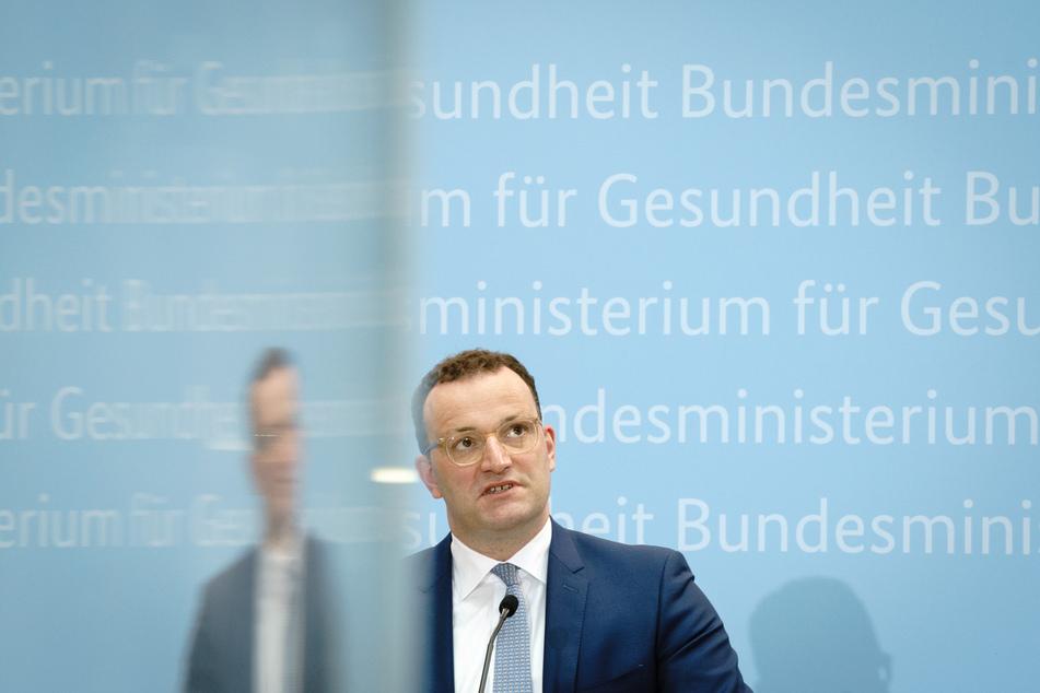 Jens Spahn (41, CDU) will die Therapie von psychisch-kranken Menschen mit einem Raster-Modell einschränken.