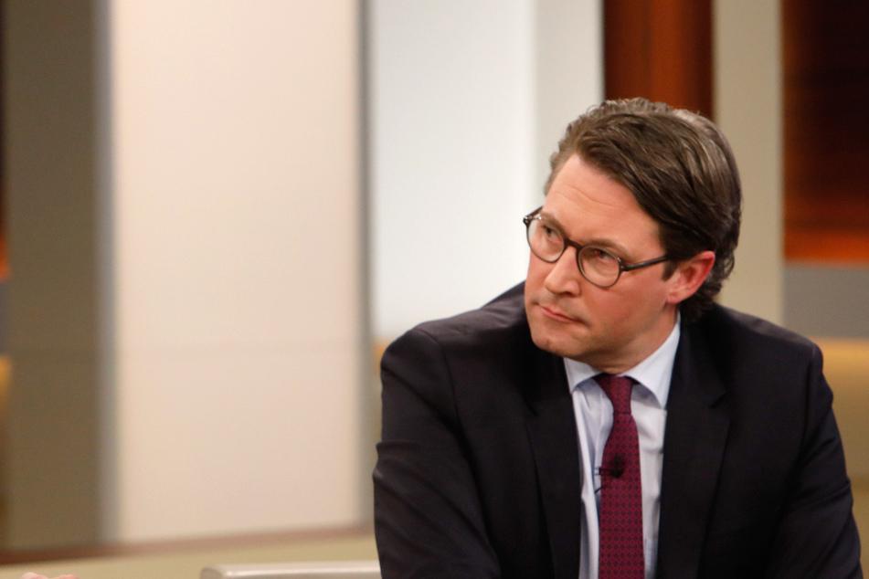 Andreas Scheuer (CSU, 46) war schon häufiger zu Gast in öffentlich-rechtlichen Talkshows. Vielleicht wird er ja bald ZDF-Praktikant...
