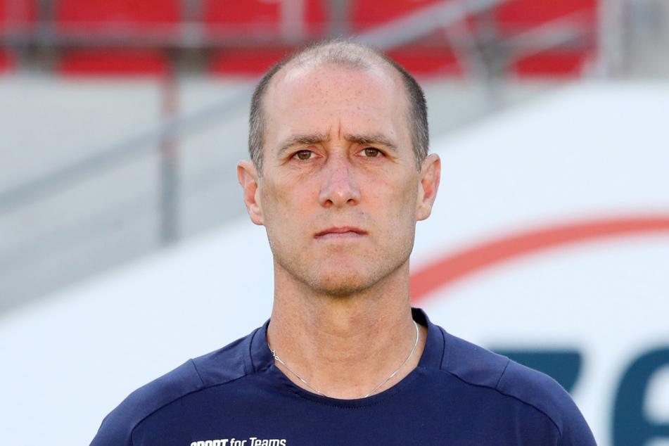 FSV-Coach Joe Enochs (49).