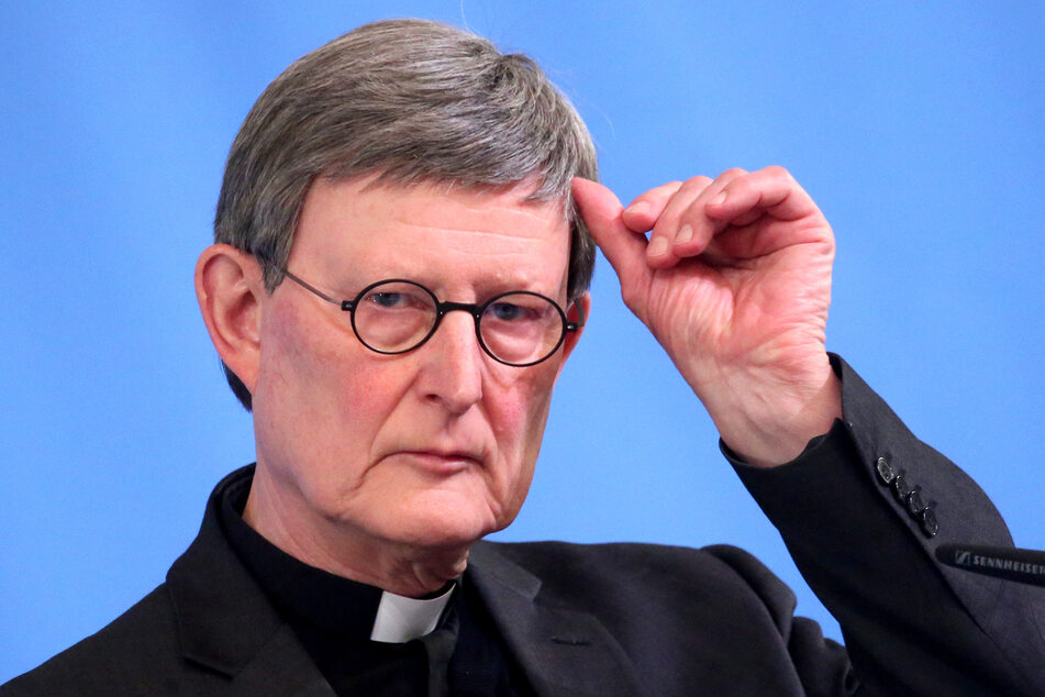Kardinal Rainer Maria Woelki (64) hat deutlich gemacht, dass ein Rücktritt aus eigener Veranlassung für ihn nicht infrage kommt.
