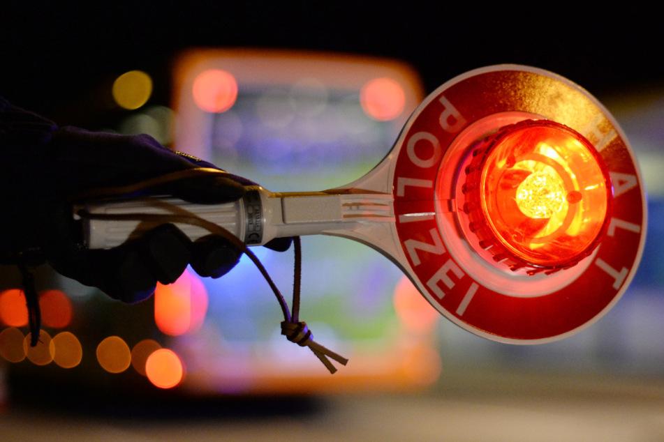 550 Kilo Wurst ungekühlte Wurst, Alkohol und Zigaretten: Beamte greifen ein
