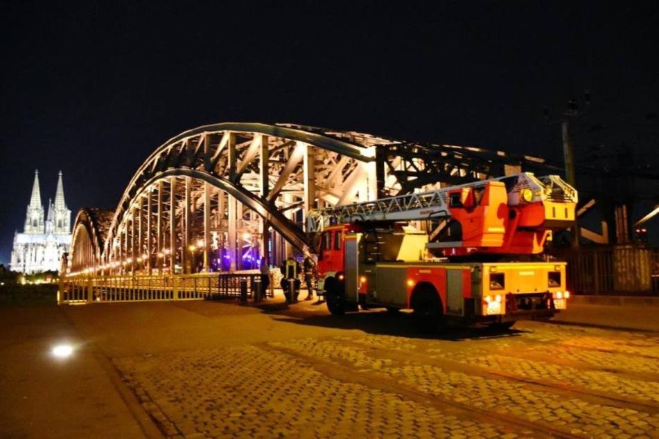 Bundespolizei, Polizei und Feuerwehr waren in der Nacht im Einsatz.