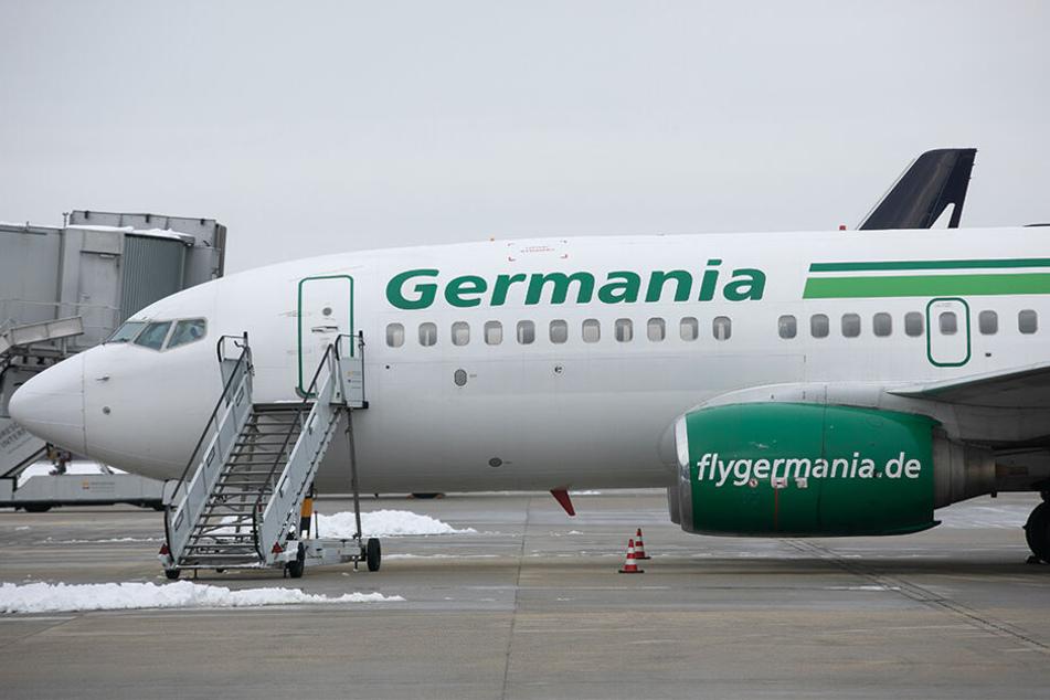 Auch dieser Germania-Flieger am Dresdner Flughafen blieb am Boden.