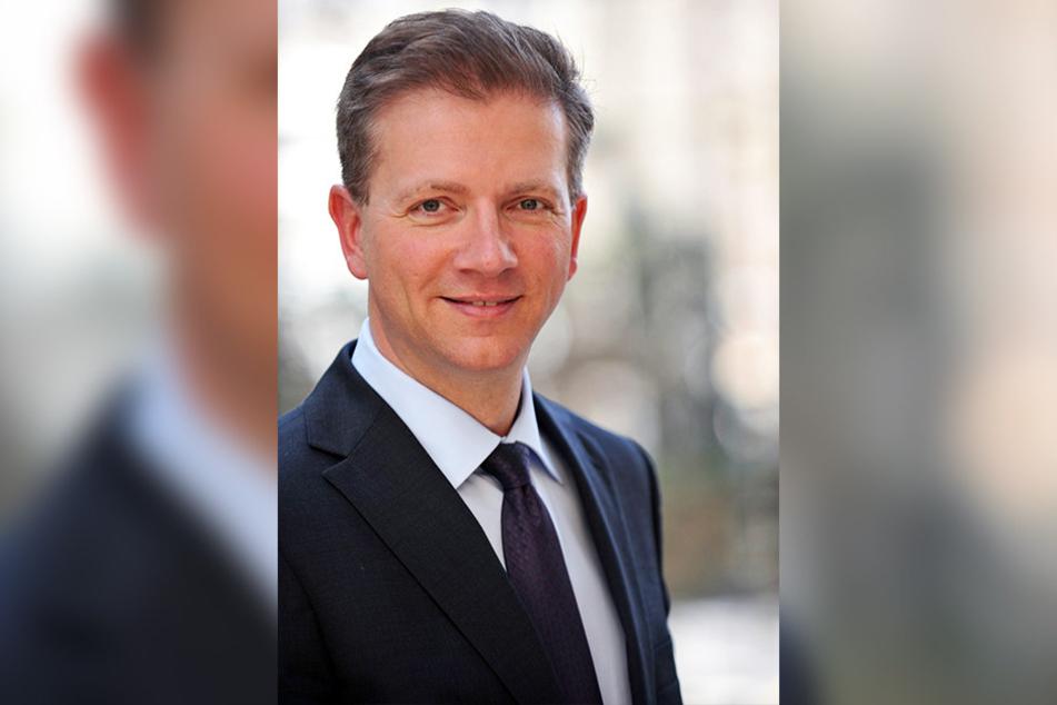 Prof. Dr. Wolfgang Greiner von der Universität Bielefeld leitet die wissenschaftliche Analyse der Gesundheitsprojekte.