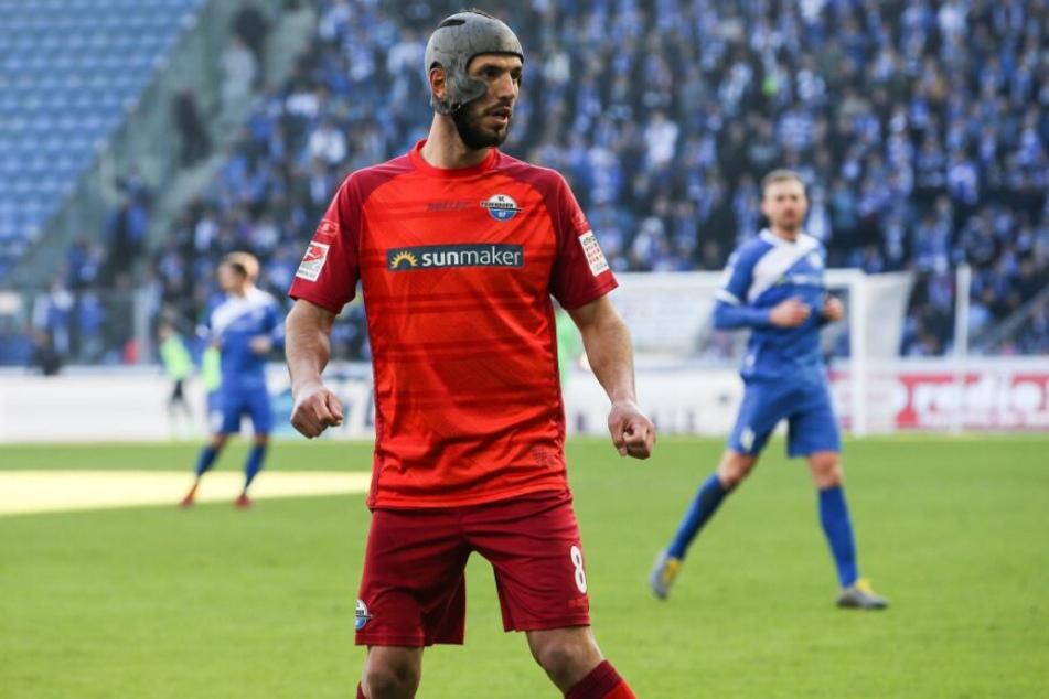 SCP-Kicker Klaus Gjasula will gegen Duisburg drei Punkte holen.