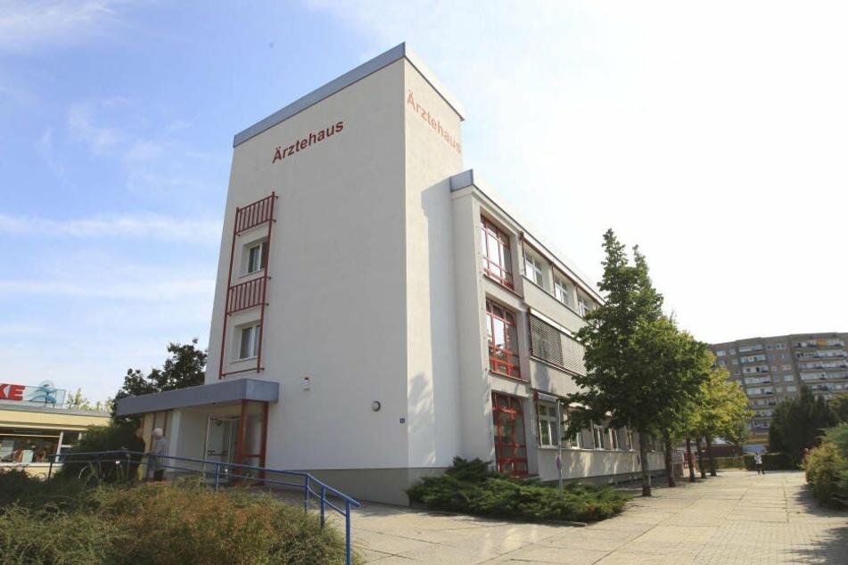 Die Kinderarztpraxis Gebhardi ist im Ärztehaus in der Anton-Kraus-Straße.