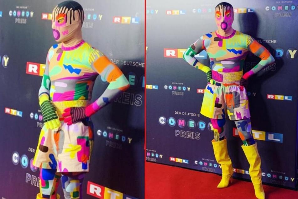 Komplett vermummt: Welcher Promi verbirgt sich unter diesem verrückten Outfit?