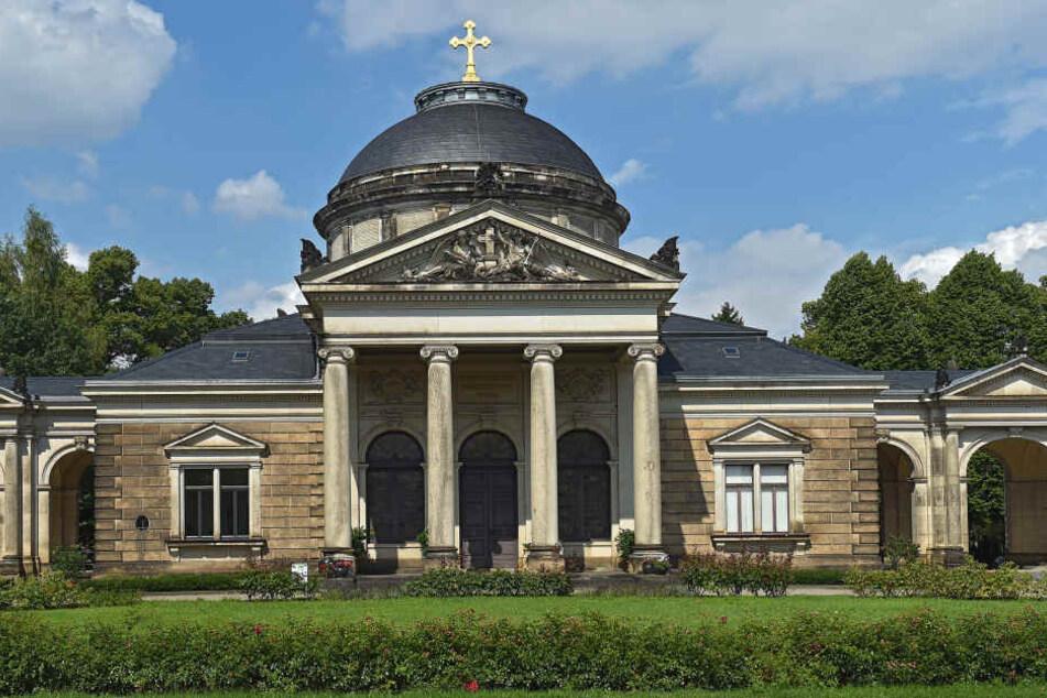 In der Feierhalle des Johannisfriedhofes verabschiedeten sich über 150  Trauergäste von Andreas Waldow.