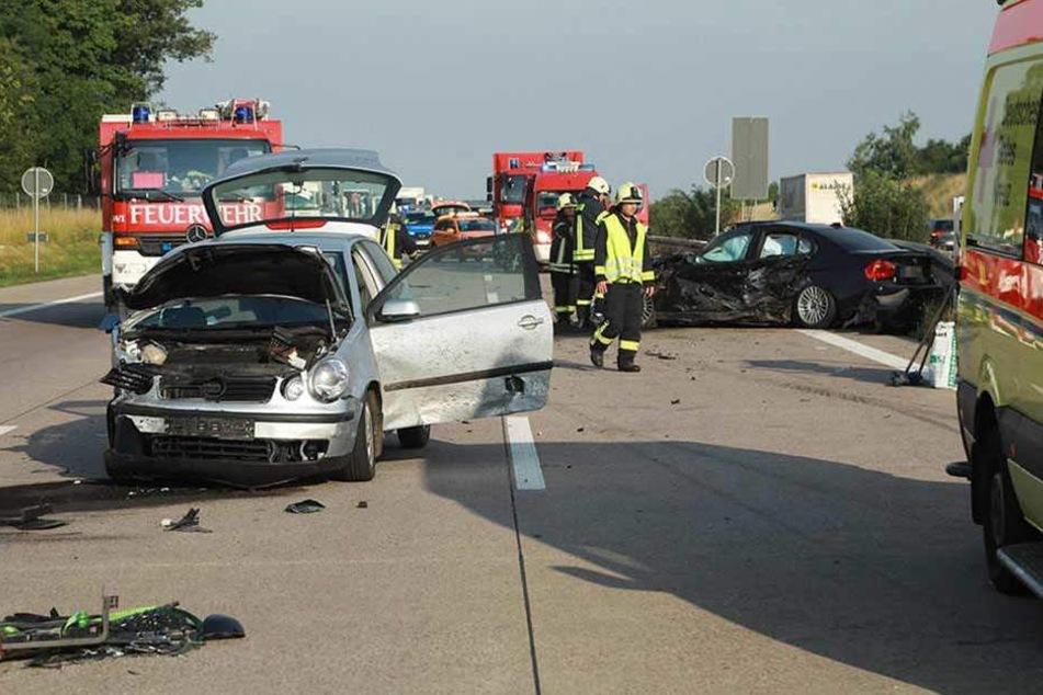 Schon wieder mussten Rettungskräfte wegen eines Unfalls auf die A4 ausrücken.