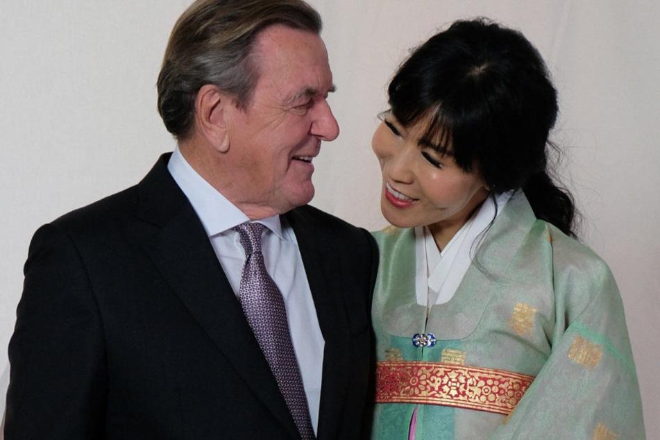 Schröders Ehefrau Soyeon Schröder-Kim zeigte sich besorgt.