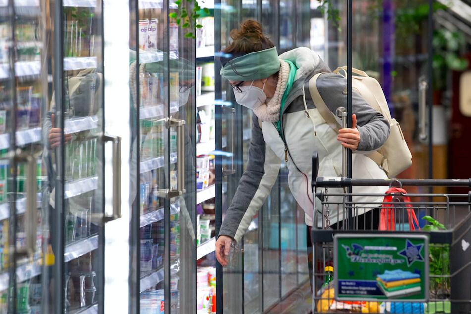 18 Mitarbeiter infiziert! Supermarkt wegen Corona-Ausbruch geschlossen
