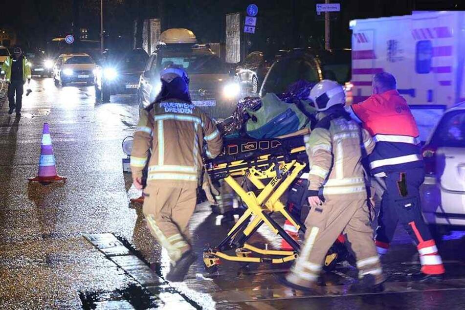 Abreise-Stau für Messebesucher nach Ampel-Crash