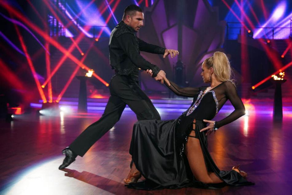 Benjamin Piwko und Isabel Edvardsson zeigten bei ihrem Paso-Doble-Tanz eine herausragende Leistung.