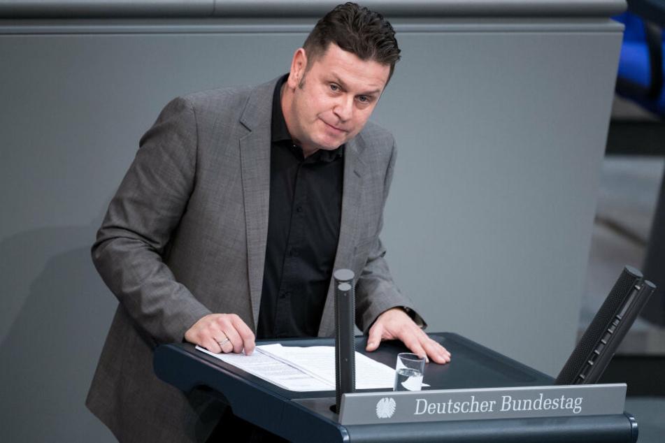 Seit der Bundestagswahl 2017 ist Herrmann im Amt.