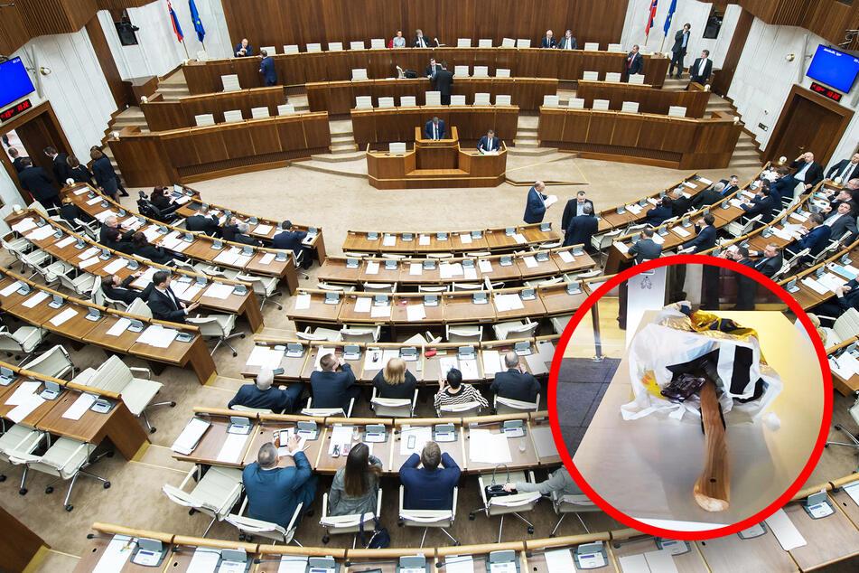 """Mann will mit Beil ins Parlament: """"Politiker haben mein Leben ruiniert!"""""""