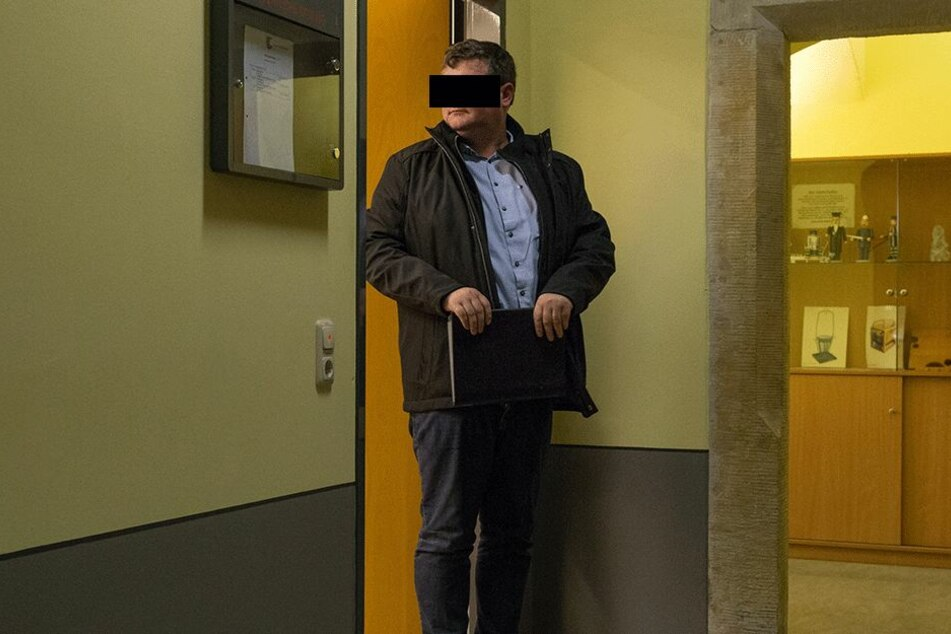 Teure Entgleisung: Lokalpolitiker Frank F. (40) muss 2220 Euro Strafe zahlen.