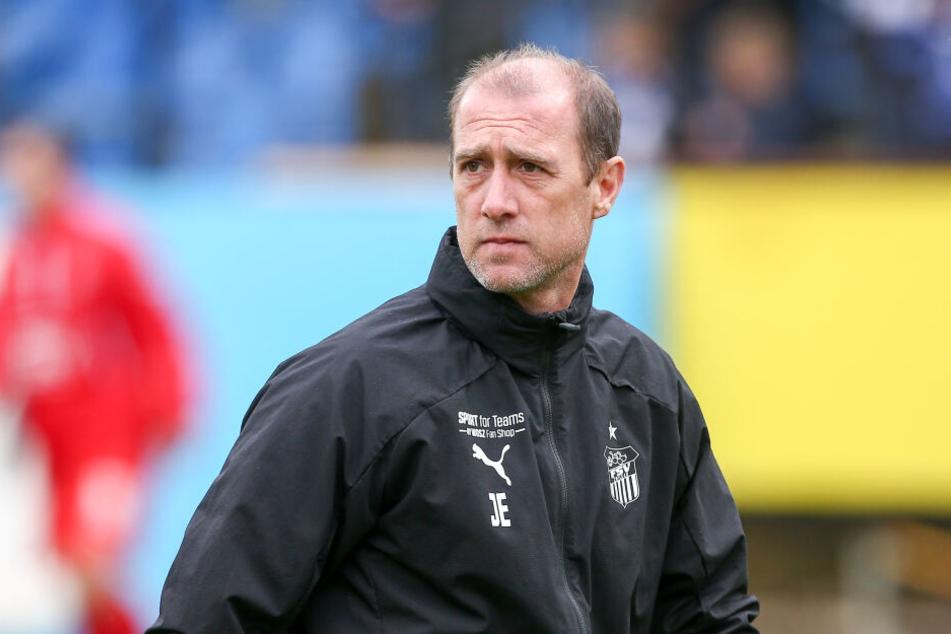 FSV-Coach Joe Enochs kennt die Wechselgerüchte rund um seinen Angreifer.