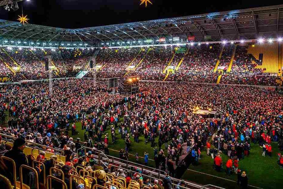Seit 2015 findet das Adventssingen im Stadion statt.