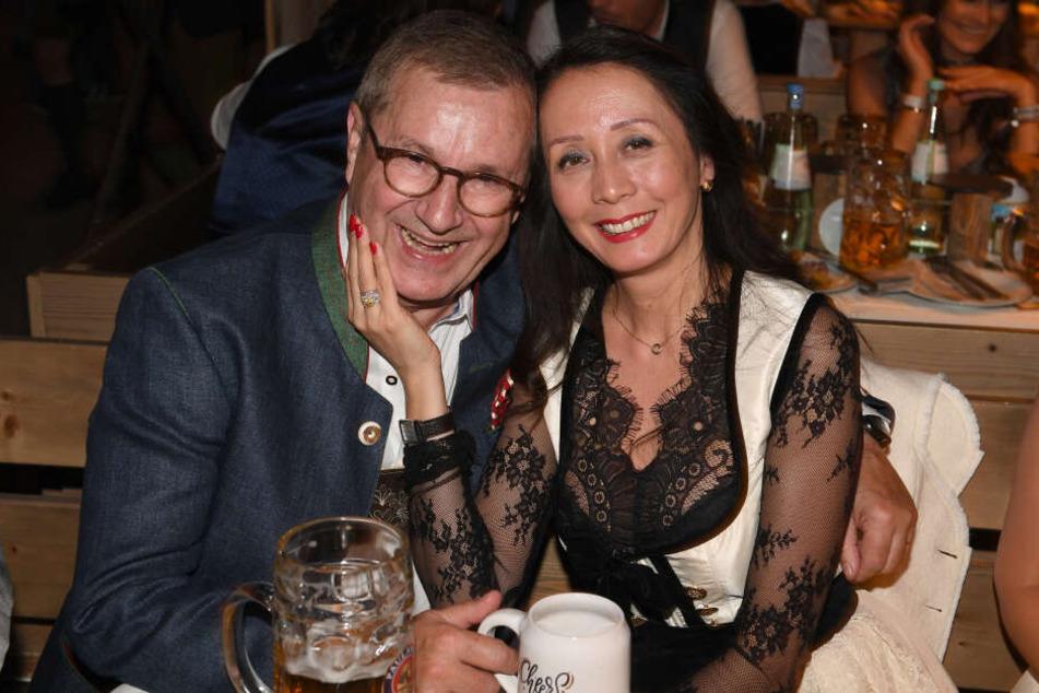 So verliebt ist Mr. Tagesschau Jan Hofer in seine zweite Ehefrau