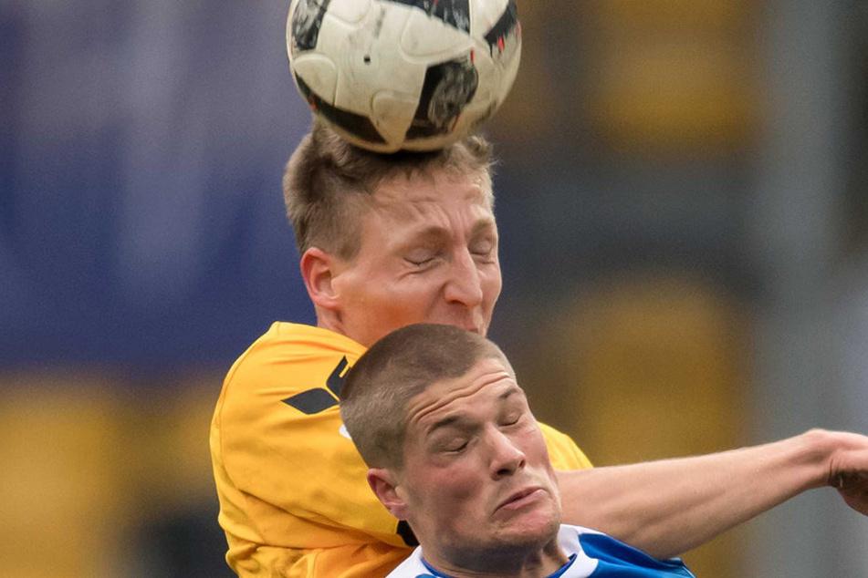 Lufthoheit: Marco Hartmann überspringt Johannes Wurtz.
