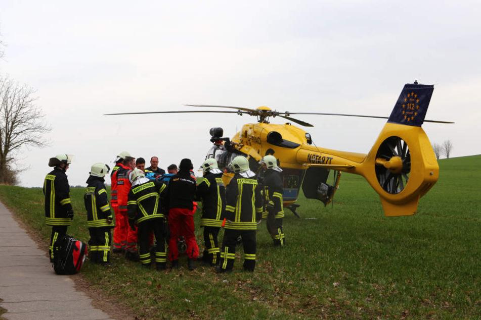 Anschließend kam der Verletzte per Rettungshubschrauber ins Krankenhaus.