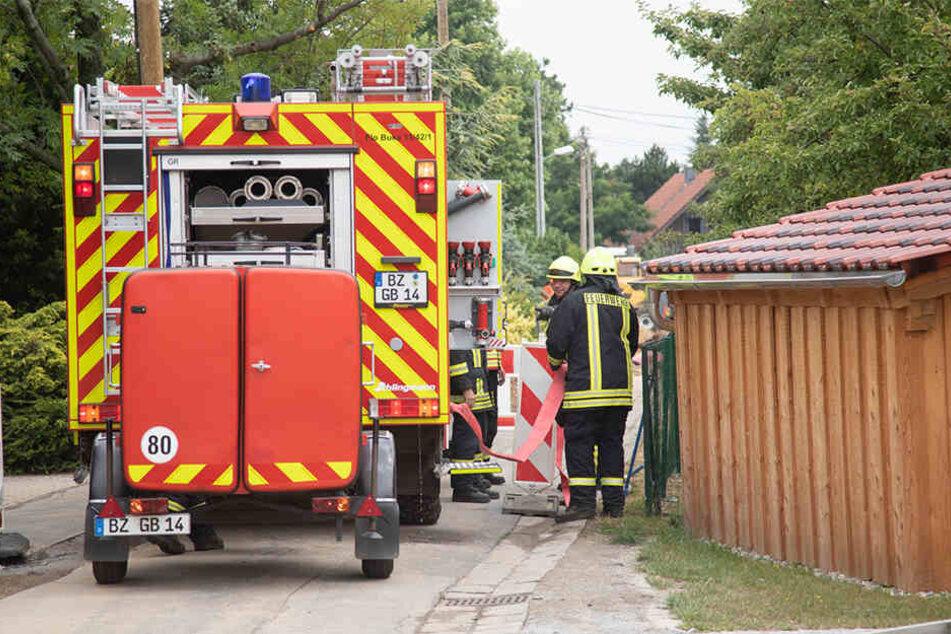 Die Freiwillige Feuerwehr Burkau sicherte vor Ort alles ab.