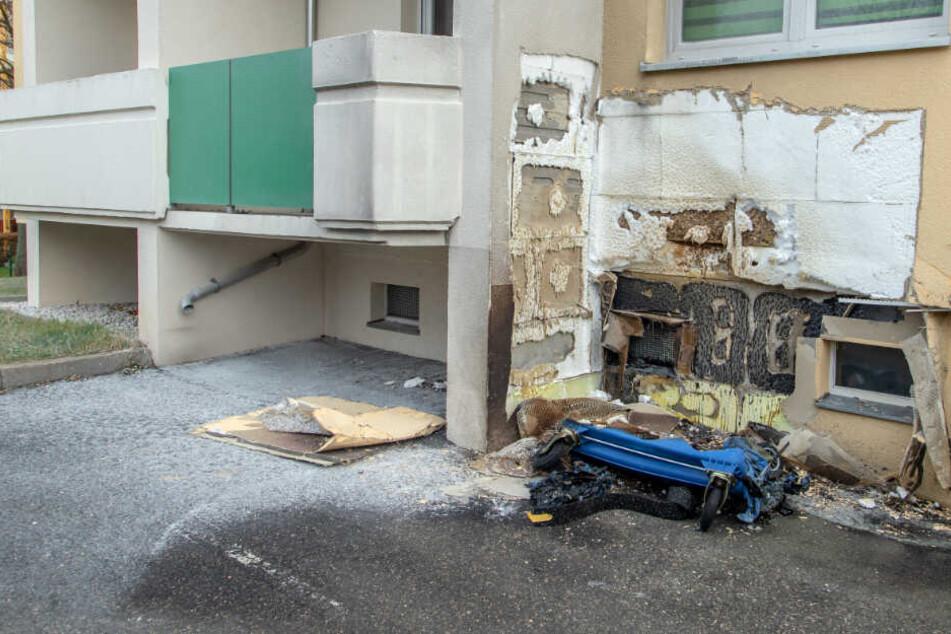 An der Hausfassade entstand ein erheblicher Schaden.