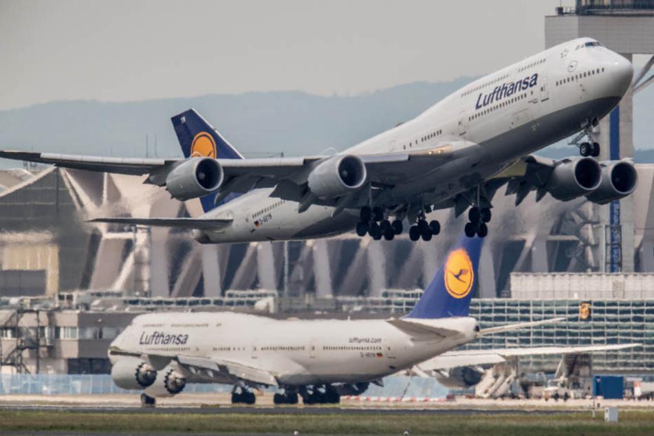 Die Boeing 747 war gerade einmal 15 Minuten unterwegs. Da beschloss sich der Kapitän, umzukehren.