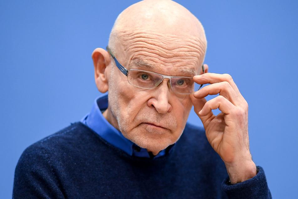 Günter Wallraff bei einer Pressekonferenz (Archivbild).