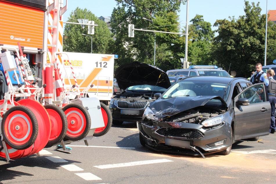 Im Zentrum-Ost ereignete sich ebenfalls ein Unfall, bei dem drei Personen leicht verletzt wurden.