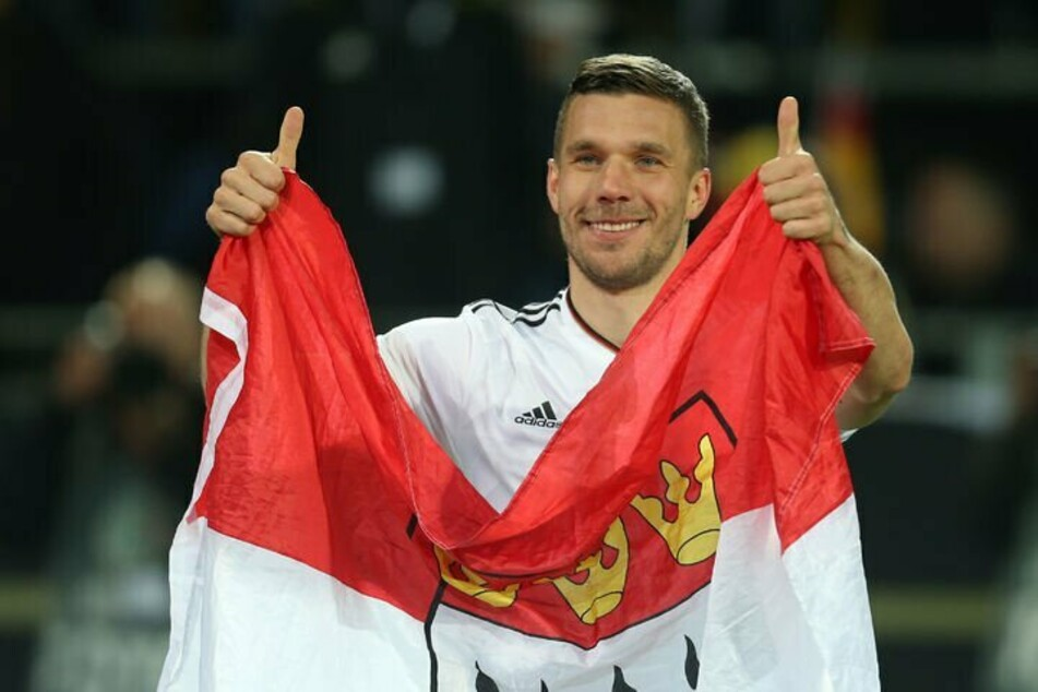 Lukas Podolskis (36) Vertrag beim türkischen Erstligisten Antalyaspor läuft im Sommer aus. Ob der Weltmeister seine Fußballkarriere damit endgültig an den Nagel hängt, bleibt abzuwarten.