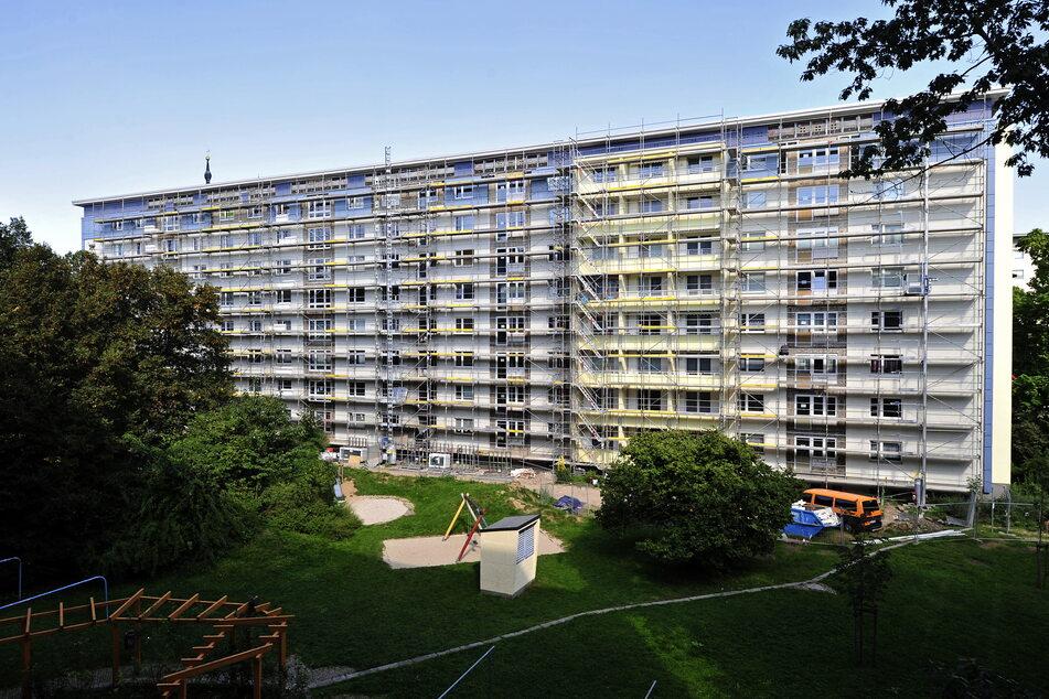 Das Wohnhaus am Rosenhof wird noch bis Ende des Jahres saniert.