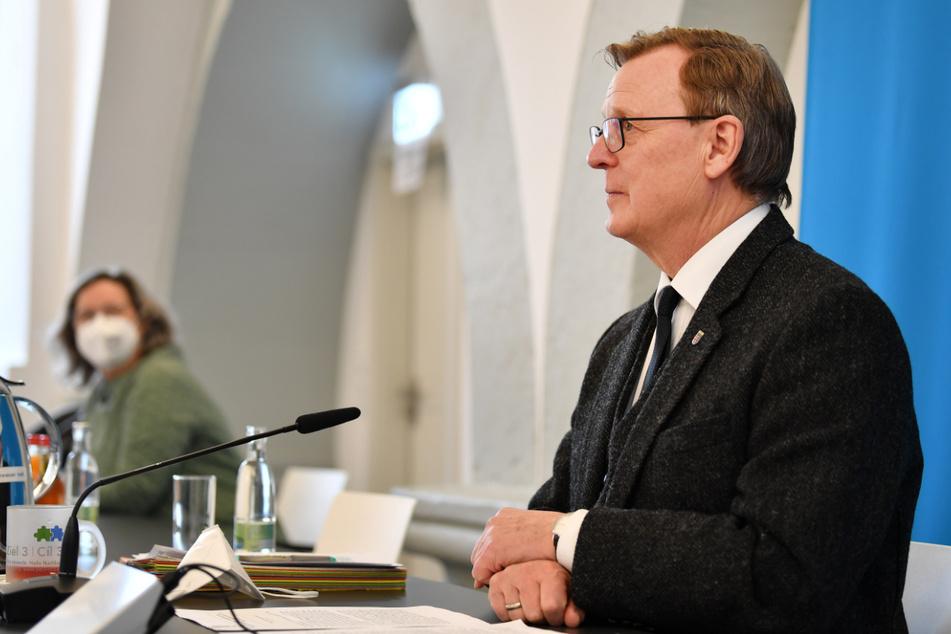 Thüringens Ministerpräsident Bodo Ramelow (64, Linke) spricht in einer Videokonferenz von Bund und Länder über die weiteren Corona-Maßnahmen.