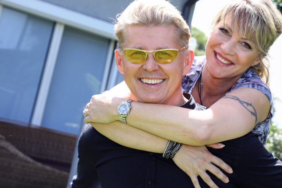 """""""Deine Hochzeit Live"""": NDW-Star Markus heiratet seine Yvonne im TV und leistet sich peinliche Panne"""