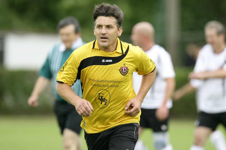 Trainer Nikica Maglica (56) bei einem Spiel der Dynamo-Oldies.