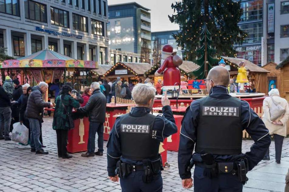 Mitarbeiter des Chemnitzer Ordnungsamtes auf Streife: Auch in Leipzig heißt der Stadtordnungsdienst bald Polizeibehörde.