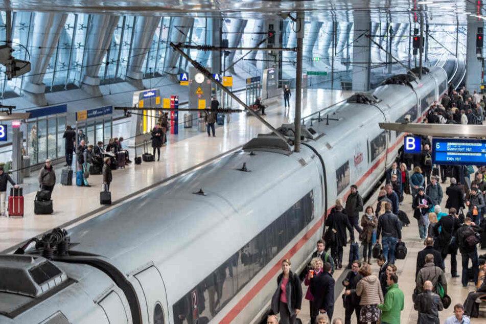 Am Flughafen-Fernbahnof in Frankfurt wird die ICE-Linie 50 vorerst nicht mehr halten.