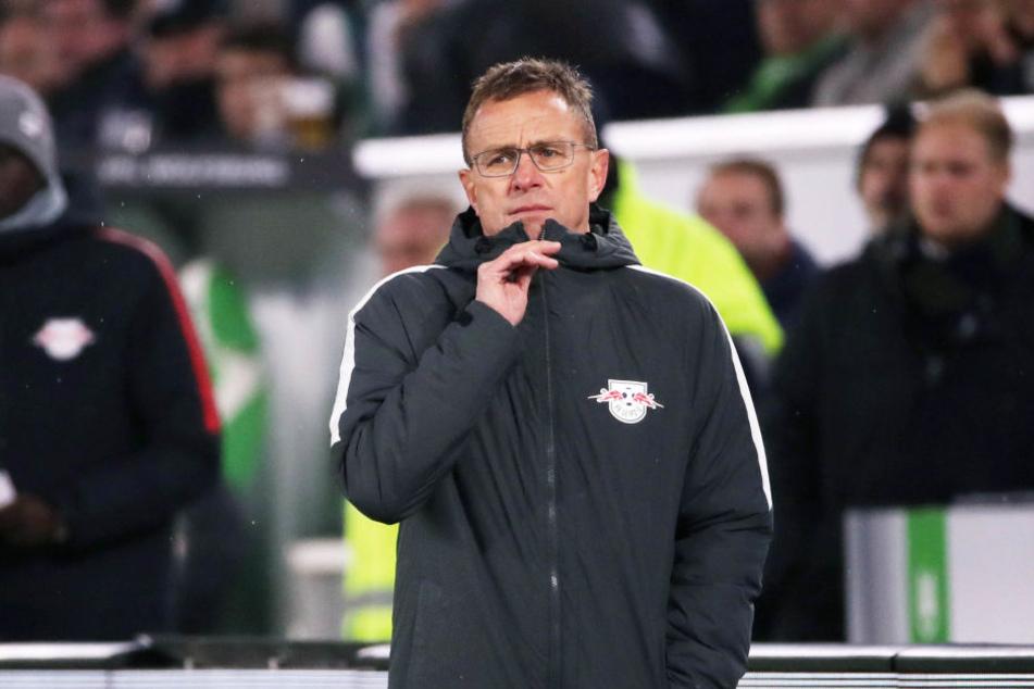 RB-Trainer Ralf Rangnick muss seine Jungs jetzt schnell aufbauen. Am Donnerstag geht's nach Salzburg.