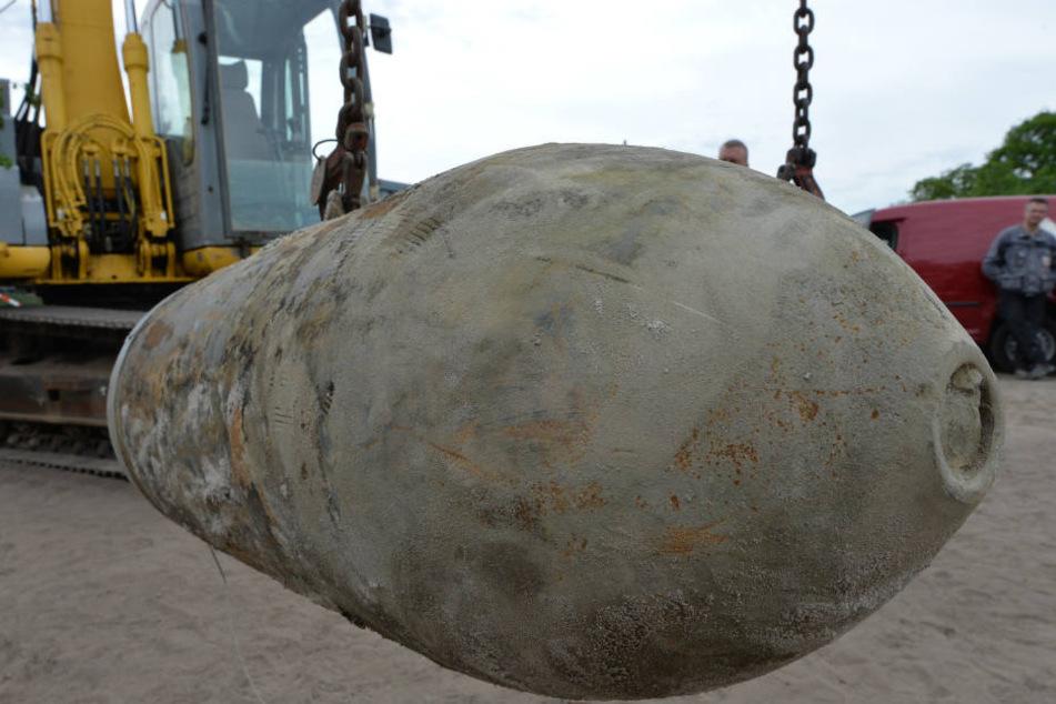 In Nauen im Havelland muss am Freitag eine Weltkriegsbombe entschärft werden (Symbolbild).