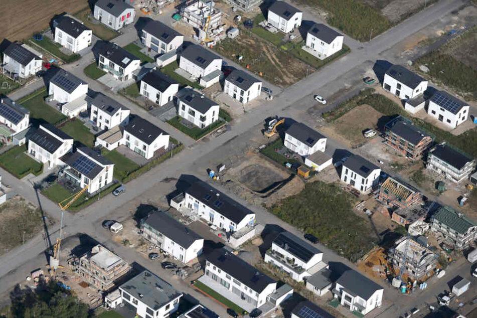 Fast jeder fünfte Deutsche plant, sich in den nächsten fünf Jahren den Traum von der eigenen Immobilie zu erfüllen. (Symbolbild)